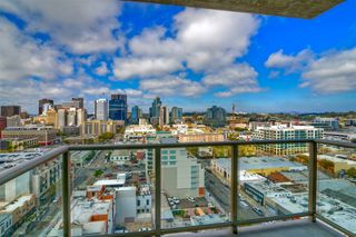 Main Photo: DOWNTOWN Condo for sale : 1 bedrooms : 800 The Mark Ln #1702 in San Diego