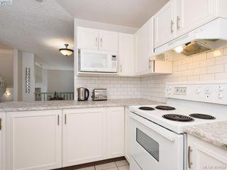 Photo 9: 3020 Washington Ave in VICTORIA: Vi Burnside Row/Townhouse for sale (Victoria)  : MLS®# 810102