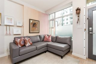 "Photo 7: 1709 ONTARIO Street in Vancouver: False Creek Townhouse for sale in ""THE ONE"" (Vancouver West)  : MLS®# R2365673"