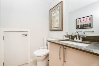 """Photo 16: 1709 ONTARIO Street in Vancouver: False Creek Townhouse for sale in """"THE ONE"""" (Vancouver West)  : MLS®# R2365673"""