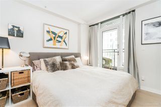 "Photo 9: 1709 ONTARIO Street in Vancouver: False Creek Townhouse for sale in ""THE ONE"" (Vancouver West)  : MLS®# R2365673"