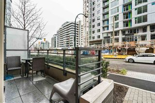 "Photo 17: 1709 ONTARIO Street in Vancouver: False Creek Townhouse for sale in ""THE ONE"" (Vancouver West)  : MLS®# R2365673"