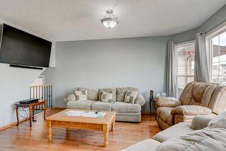 Photo 4: 100 TARINGTON Way NE in Calgary: Taradale Detached for sale : MLS®# C4243849