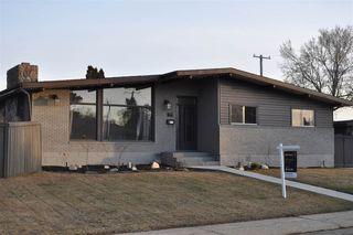 Photo 1: 7103 92A Avenue in Edmonton: Zone 18 House for sale : MLS®# E4156174