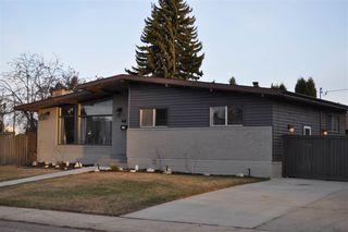 Photo 2: 7103 92A Avenue in Edmonton: Zone 18 House for sale : MLS®# E4156174