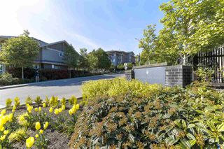 Photo 1: 416 5665 IRMIN Street in Burnaby: Metrotown Condo for sale (Burnaby South)  : MLS®# R2368762