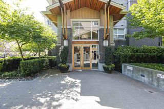 Photo 4: 416 5665 IRMIN Street in Burnaby: Metrotown Condo for sale (Burnaby South)  : MLS®# R2368762