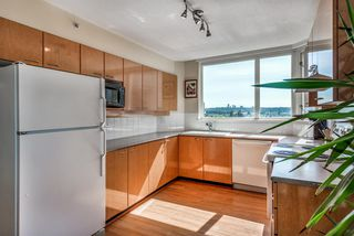 "Photo 9: 801 10 LAGUNA Court in New Westminster: Quay Condo for sale in ""LAGUNA LANDING"" : MLS®# R2369066"