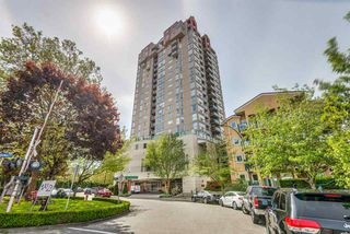"Photo 1: 801 10 LAGUNA Court in New Westminster: Quay Condo for sale in ""LAGUNA LANDING"" : MLS®# R2369066"