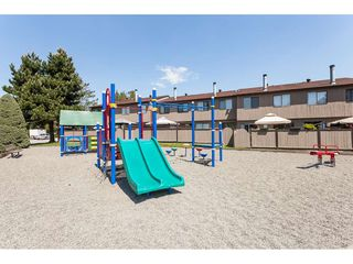 Photo 17: 81 27044 32 Avenue in Langley: Aldergrove Langley Townhouse for sale : MLS®# R2372664