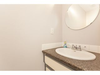 Photo 11: 81 27044 32 Avenue in Langley: Aldergrove Langley Townhouse for sale : MLS®# R2372664