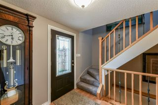 Photo 3: 63 QUESNELL Crescent in Edmonton: Zone 22 House for sale : MLS®# E4159693