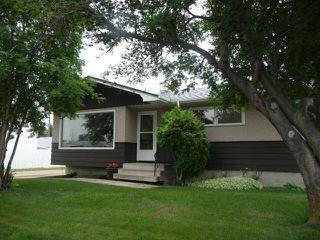 Main Photo: 16037 95 Avenue in Edmonton: Zone 22 House for sale : MLS®# E4163968