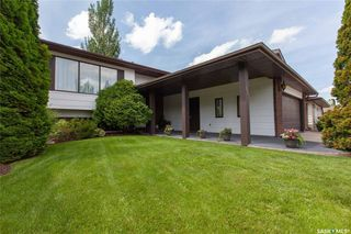 Photo 2: 127 Benesh Crescent in Saskatoon: Silverwood Heights Residential for sale : MLS®# SK778912