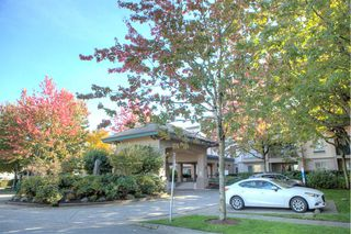 "Photo 15: 206 19528 FRASER Highway in Surrey: Cloverdale BC Condo for sale in ""The Fairmont"" (Cloverdale)  : MLS®# R2413564"