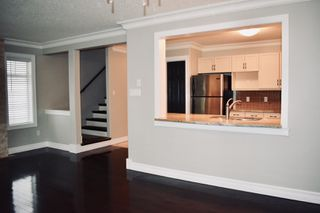 Photo 5: 13 Hawthorne Crescent in St. Albert: House Half Duplex for rent