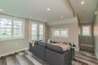 Photo 4: 4529 NANAIMO STREET in Vancouver: Victoria VE 1/2 Duplex for sale (Vancouver East)  : MLS®# R2251106