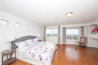 Photo 12: 3132 QUINTETTE Crescent in Coquitlam: Westwood Plateau House for sale : MLS®# R2443205