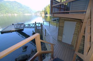 """Photo 4: 8 JOHNSON Bay in North Vancouver: Indian Arm House for sale in """"Johnson Bay"""" : MLS®# R2444286"""