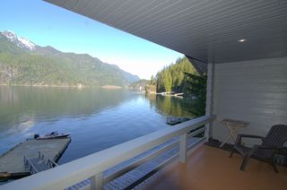 """Photo 5: 8 JOHNSON Bay in North Vancouver: Indian Arm House for sale in """"Johnson Bay"""" : MLS®# R2444286"""