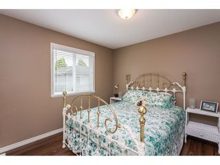 "Photo 15: 20236 94B Avenue in Langley: Walnut Grove House for sale in ""Riverwynde - Central Walnut Grove"" : MLS®# R2457845"