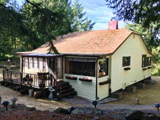 Photo 2: 370 CAMPBELL BAY Road: Mayne Island House for sale (Islands-Van. & Gulf)  : MLS®# R2464160