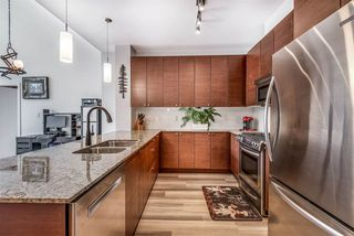 """Photo 4: 412 101 MORRISSEY Road in Port Moody: Port Moody Centre Condo for sale in """"Libra at Suter Brook"""" : MLS®# R2472605"""