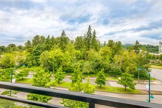 """Photo 10: 412 101 MORRISSEY Road in Port Moody: Port Moody Centre Condo for sale in """"Libra at Suter Brook"""" : MLS®# R2472605"""