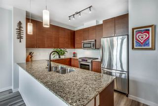"""Photo 5: 412 101 MORRISSEY Road in Port Moody: Port Moody Centre Condo for sale in """"Libra at Suter Brook"""" : MLS®# R2472605"""