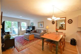 Photo 5: 212 1485 Garnet Rd in : SE Cedar Hill Condo for sale (Saanich East)  : MLS®# 850938