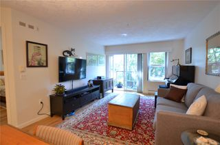 Photo 10: 212 1485 Garnet Rd in : SE Cedar Hill Condo for sale (Saanich East)  : MLS®# 850938
