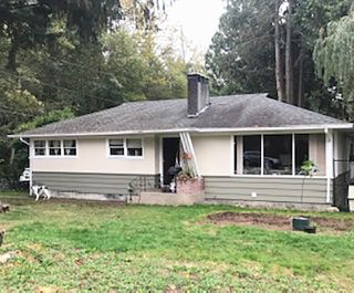 """Photo 1: 1430 DEPOT Road: Brackendale House for sale in """"Brackendale"""" (Squamish)  : MLS®# R2494429"""
