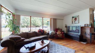 """Photo 6: 1430 DEPOT Road: Brackendale House for sale in """"Brackendale"""" (Squamish)  : MLS®# R2494429"""