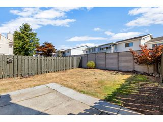 """Photo 25: 290 32550 MACLURE Road in Abbotsford: Central Abbotsford Townhouse for sale in """"Clearbrook Village"""" : MLS®# R2495630"""