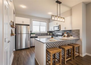 Photo 8: 2134 Maple Road in Edmonton: Zone 30 House Half Duplex for sale : MLS®# E4215298