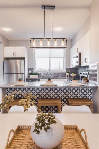 Photo 15: 2134 Maple Road in Edmonton: Zone 30 House Half Duplex for sale : MLS®# E4215298