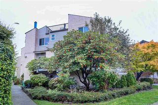 Main Photo: 4 230 W 16TH Street in North Vancouver: Central Lonsdale Townhouse for sale : MLS®# R2513309
