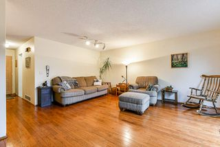 """Photo 3: 7462 13TH Avenue in Burnaby: Edmonds BE Townhouse for sale in """"The Poplars"""" (Burnaby East)  : MLS®# R2513858"""