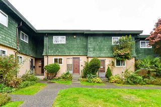 """Photo 21: 7462 13TH Avenue in Burnaby: Edmonds BE Townhouse for sale in """"The Poplars"""" (Burnaby East)  : MLS®# R2513858"""