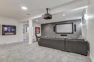 Photo 25: 33 WEST COACH Way SW in Calgary: West Springs Detached for sale : MLS®# A1053382