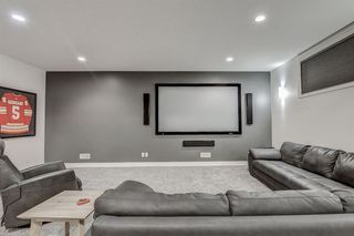Photo 26: 33 WEST COACH Way SW in Calgary: West Springs Detached for sale : MLS®# A1053382