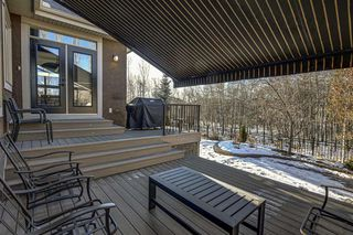 Photo 39: 33 WEST COACH Way SW in Calgary: West Springs Detached for sale : MLS®# A1053382