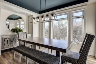 Photo 18: 33 WEST COACH Way SW in Calgary: West Springs Detached for sale : MLS®# A1053382