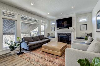 Photo 21: 33 WEST COACH Way SW in Calgary: West Springs Detached for sale : MLS®# A1053382