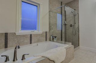 Photo 9: 33 WEST COACH Way SW in Calgary: West Springs Detached for sale : MLS®# A1053382