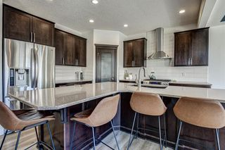 Photo 13: 33 WEST COACH Way SW in Calgary: West Springs Detached for sale : MLS®# A1053382