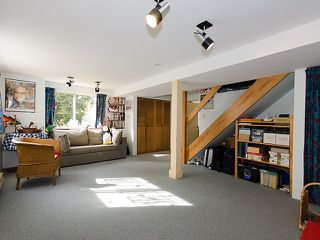 "Photo 10: 3835 W 24TH Avenue in Vancouver: Dunbar House for sale in ""DUNBAR"" (Vancouver West)  : MLS®# V884363"