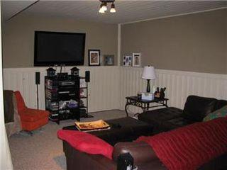 Photo 9: 42 Middleton Crescent in Saskatoon: Nutana Park Single Family Dwelling for sale (Saskatoon Area 02)  : MLS®# 412459