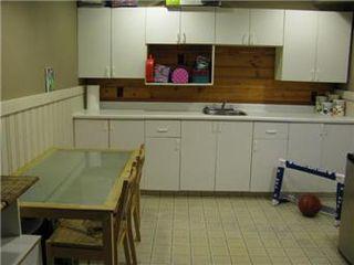Photo 8: 42 Middleton Crescent in Saskatoon: Nutana Park Single Family Dwelling for sale (Saskatoon Area 02)  : MLS®# 412459
