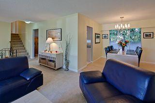 Photo 4: Pitt Meadows Split Level House for Sale @ 19344 121A Ave MLS #V924031